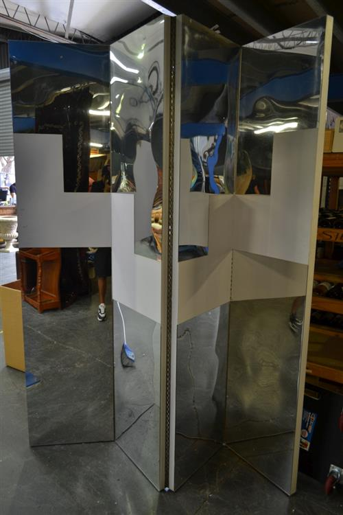 Oversized 4 Panel Screen w Mirrored Panels