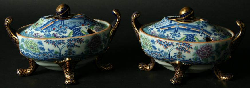 A PAIR OF DAVENPORT STONE CHINA SAUCE TUREENS AND COVERS