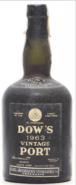 1 bt. Dow's Vintage Port 1963 A-A/B (bn).