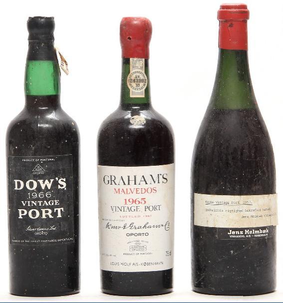 1 bt. Dow's Vintage Port 1966 A-A/B (bn). etc. Total 3 bts.