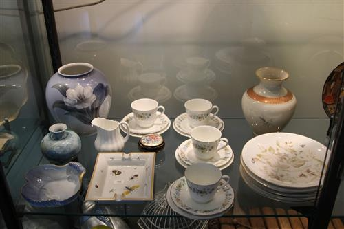 Rosenthal Vase with Other Ceramics incl. Royal Doulton Cup & Saucers