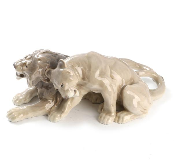 """""""Lion with lioness"""""""