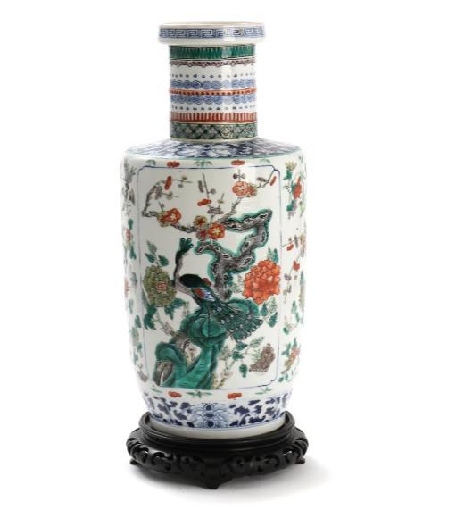 Chinese rouleau porcelain vase
