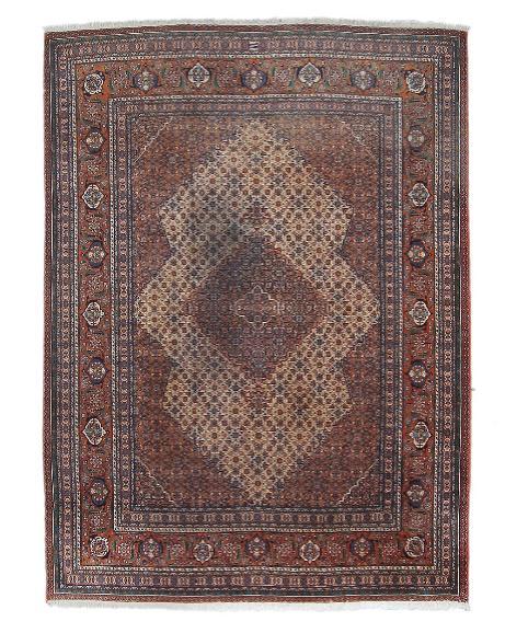 A signed Mashayekhi Sarab carpet, Persia