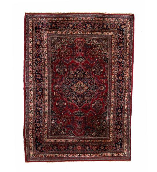 Signed Mashed carpet, Persia. Classical medallion design