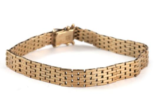 An 8k gold bracelet. Weight app. 11 gr