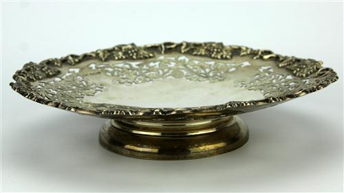 English Hallmarked Sterling Silver George V Grape Stand
