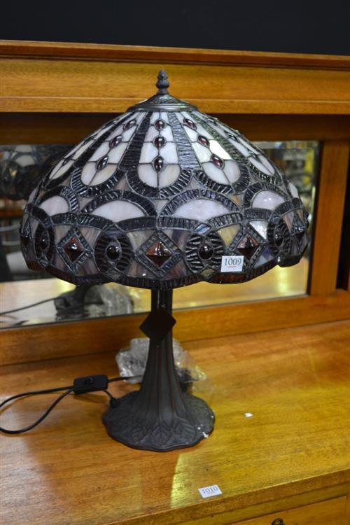 Leadlight Shade Table Lamp