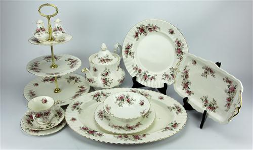Royal Albert 'Lavender Rose' Tea & Dinner Setting for Six Persons