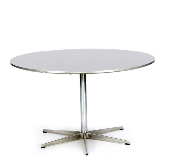 Circular dining table with frame of steel and base of aluminium