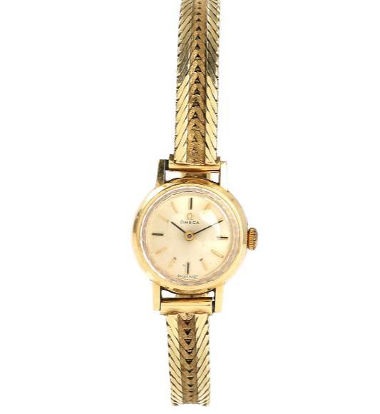 Lady's wristwatch of 14k gold