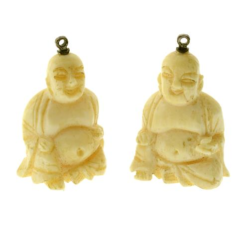 A PAIR OF CARVED IVORY BUDDHA PENDANTS/ EARRINGS