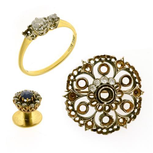 THREE GOLD AND DIAMOND JEWELLERY ITEMS