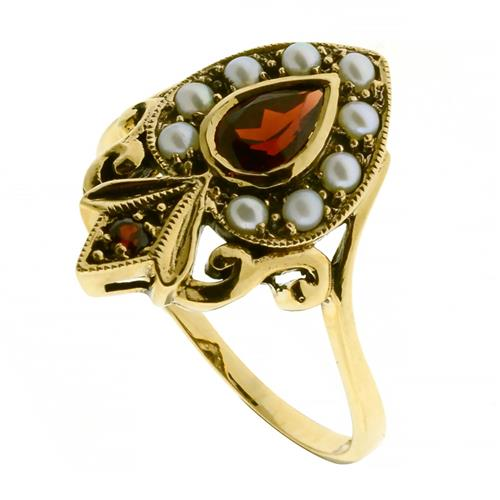 A VICTORIAN STYLE 9CT GOLD RING