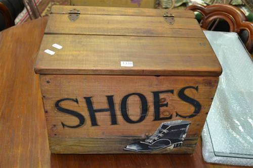 Pine Shoe Shine Box