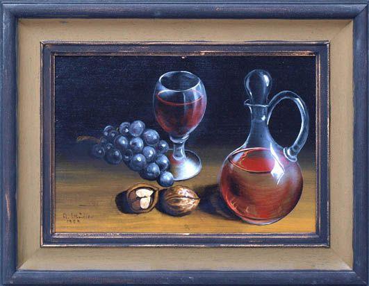 Weinkaraffe, Glas, Traube und Nuss